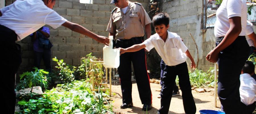 Servicio Comunal de PNB impulsa Huerto Escolar en Nuevo Horizonte