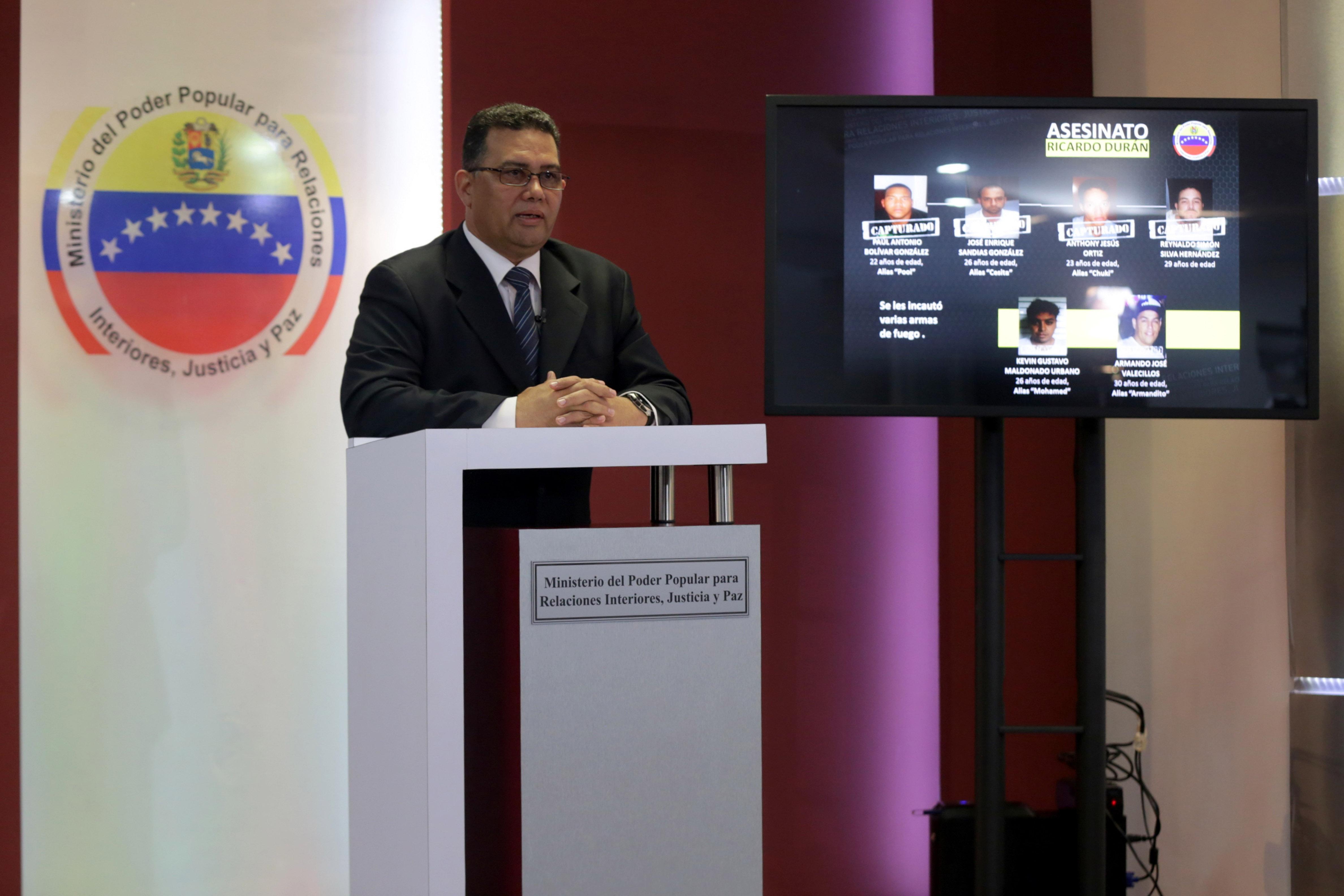 ministro_rueda_de_prensa (7)
