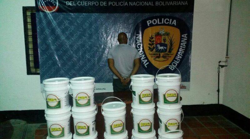 PNB recupera más de 500 litros de aceite en Caracas