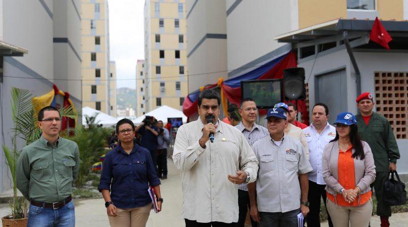Presidente Maduro repudió hechos violentos que dejaron un PoliMiranda fallecido