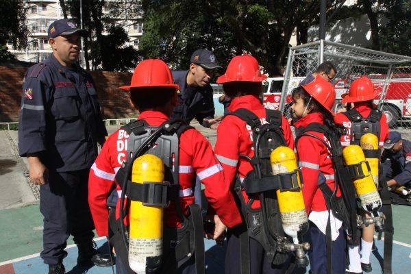 Despierta con los bomberos (9)