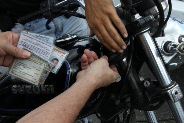 Despliegue revision de vehiculos (17)
