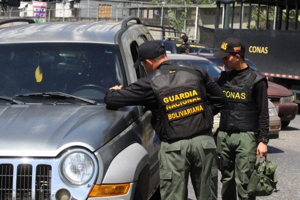 Despliegue revision de vehiculos (4)