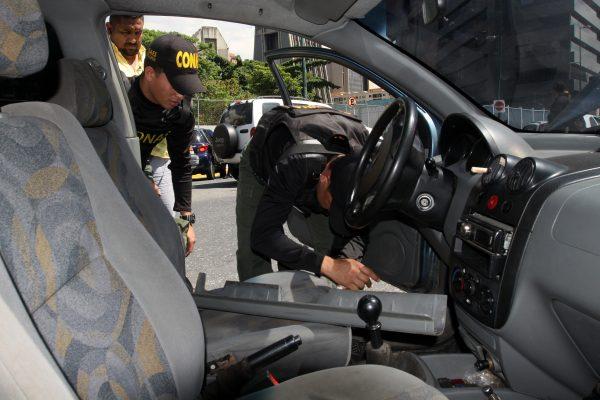 Despliegue revision de vehiculos (6)