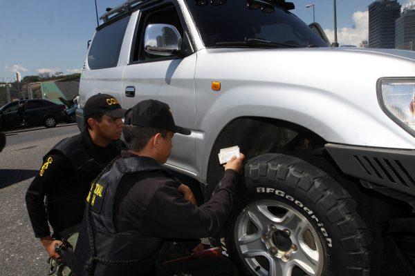 Despliegue revision de vehiculos (7)