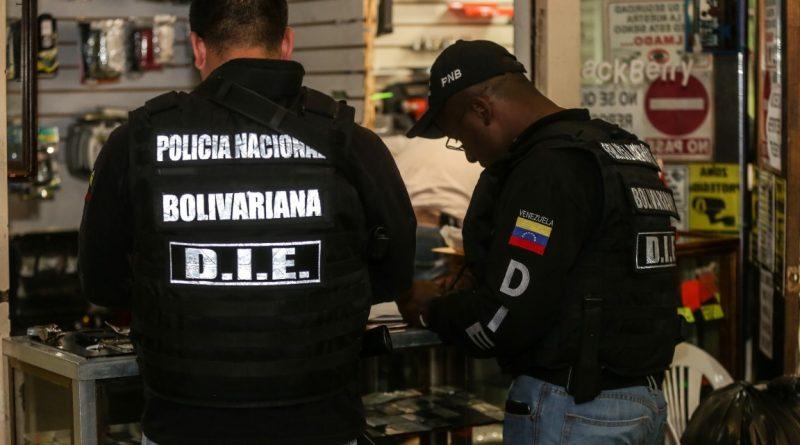 PNB allanó locales comerciales donde vendían celulares robados OH_3284 (3)