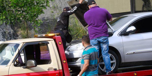 Se chequearon los seriales y documentos de vehículos particulares y motos (2)