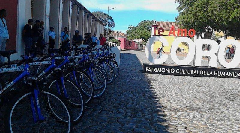 Bicicletas para la policía turística del estado Falcón (2)