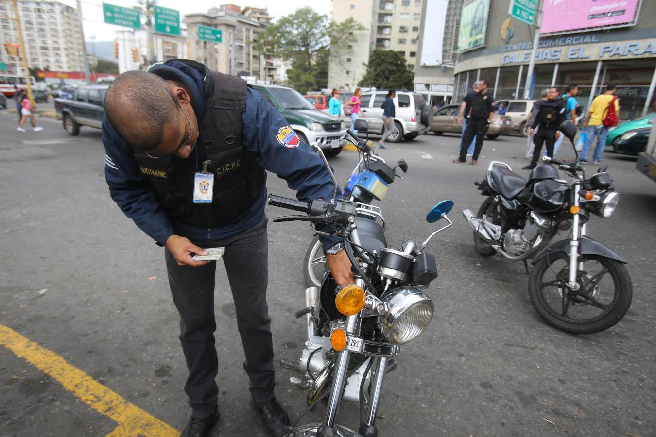 Despliegan operativo de seguridad en la parroquia La Vega (2)