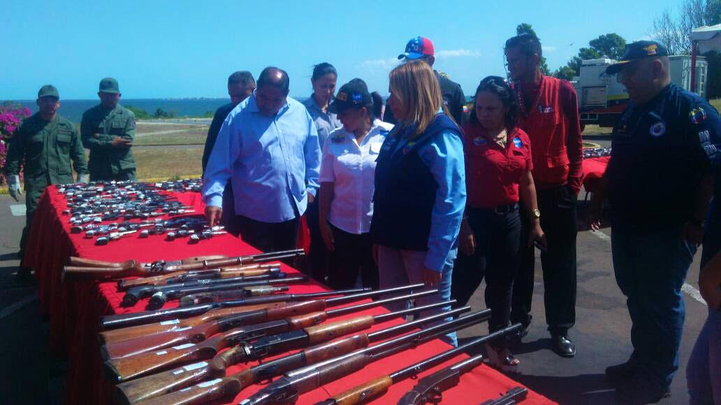 Inutilizadas más de dos mil armas de fuego de las regiones occidental y central