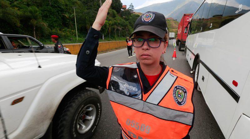 Patrullaje Inteligente desplegado en la autopista Caracas - La Guaira (3)