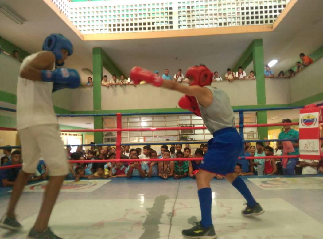 Más de 400 jóvenes recibieron el programa KO a las Armas en Cojedes (18)
