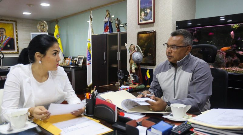 MINISTRO NÉSTOR REVEROL Y GOBERNADORA DE TÁCHIRA (2)