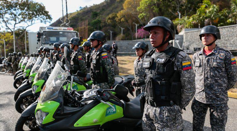Ministro MG Néstor Reverol realiza Despliegue de Seguridad en La Cota Mil. Fotos (10)