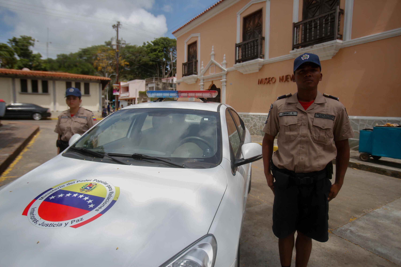 Policía Turística en Nueva Esparta (2)