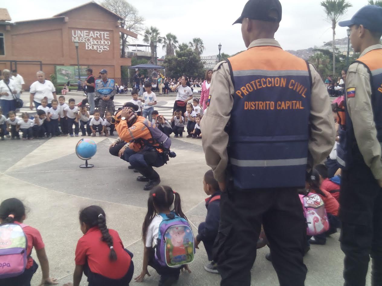 Policía Comunal fortalece relación con la comunidad (7)