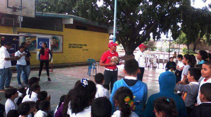 Senades sensibiliza a más de 200 estudiantes de Aragua en Desarme Voluntario 1