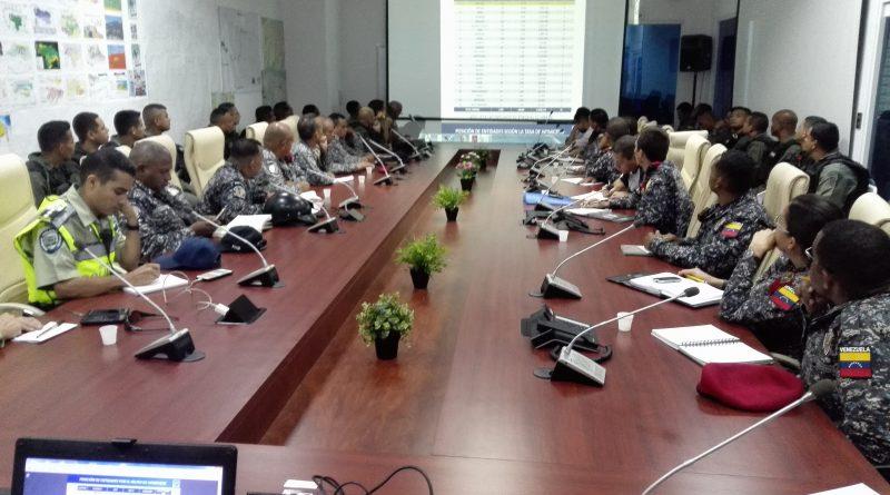 VEN 911 y jefes de Cuadrantes de Paz establecen estrategias de seguridad (2)