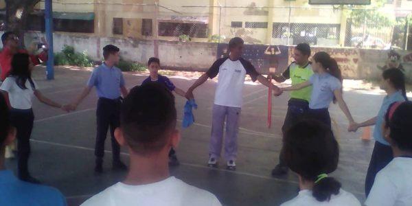 DPD abordó a estudiantes aragüeños sobre la violencia escolar (3)