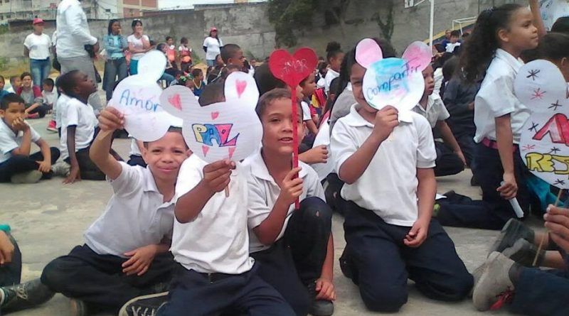 """Más de 500 niños de la UENB """"José Martí"""" en Sarria reciben jornadas preventivas 1"""