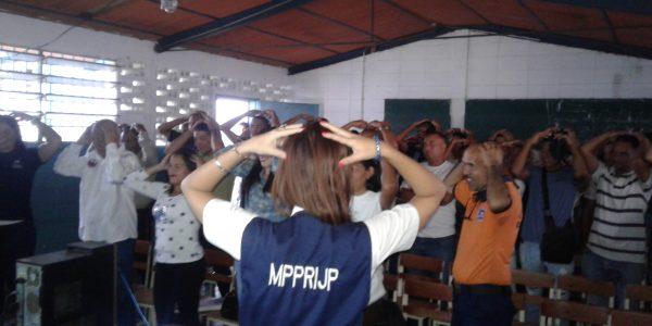 Escuela para familias resaltan rol de los padres en Carabobo (3)