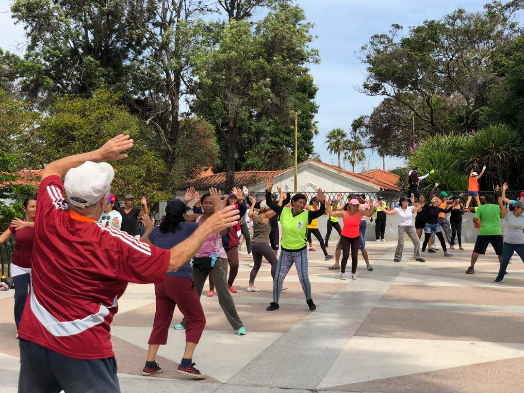 Escuelas deportivas de Prevención del Delito se instalaron en el parque del Oeste (9)