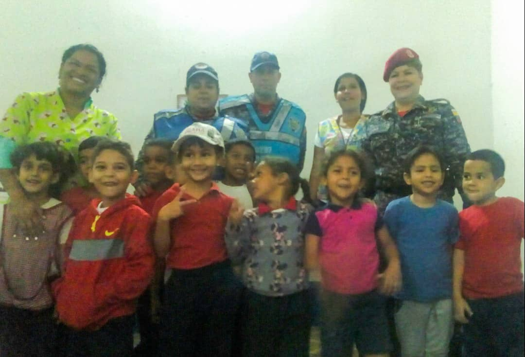 Policía Comunal imparte la prevención antisísmica en C.E.I. Matea Bolívar (1)