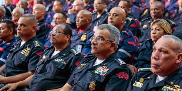 Reunión de trabajo con los jefes de Protección Civil, Bomberos estadales y encargados de las Regiones Estratégicas de Evaluación de Daños y Análisis de Necesidades (Redan) (3)