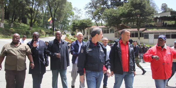 Delegación de representantes del Sindicato por los Derechos Civiles de los Policías y Guardias de Prisiones de Sudáfrica (1)