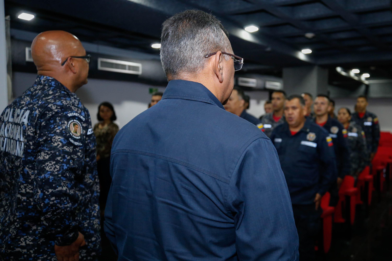 El ministro Néstor Reverol impuso las condecoraciones a estos hombres y mujeres de nuestra Patria (2)