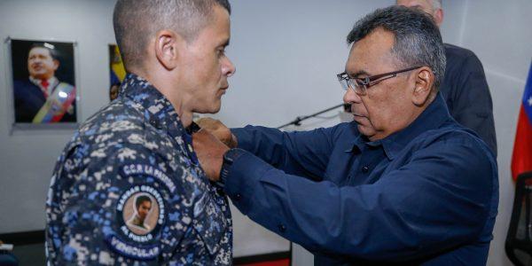 El ministro Néstor Reverol impuso las condecoraciones a estos hombres y mujeres de nuestra Patria (3)