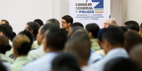 FORO SOBRE LOS 10 AÑOS DE LA LEY ORGÁNICA DEL SERVICIO POLICIAL (9)