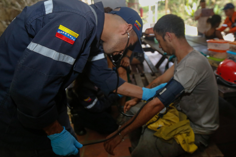 Rescatadas siete personas en el Parque Nacional Waraira Repano (4)