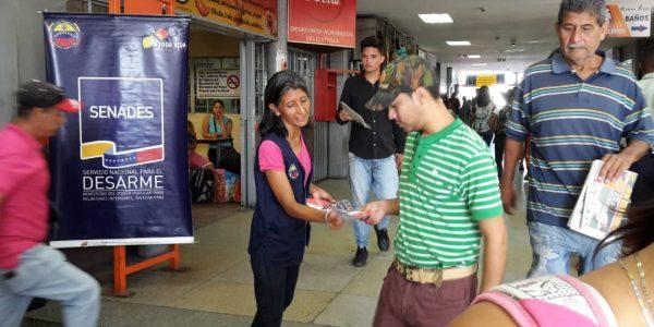 Senades abordó a más de 450 personas en el Terminal Terrestre de Barquisimeto (6)