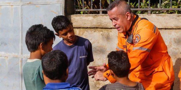 Sistema Integrado de Protección Civil y Bomberos atiende a familias afectadas en Carabobo (14)