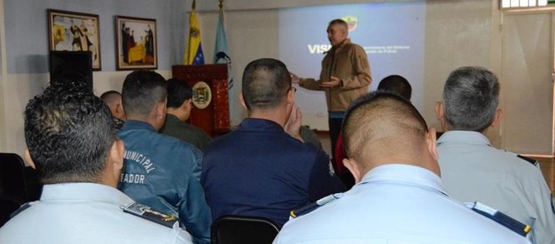 Visipol evalúa situación actual de los cuerpos de policía de Mérida