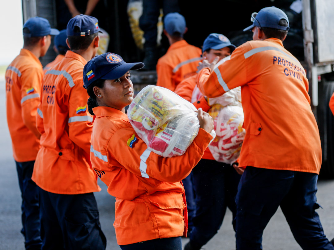 Enviadas 10 toneladas de insumos a familias afectadas por lluvias en Falcón (5) – copia
