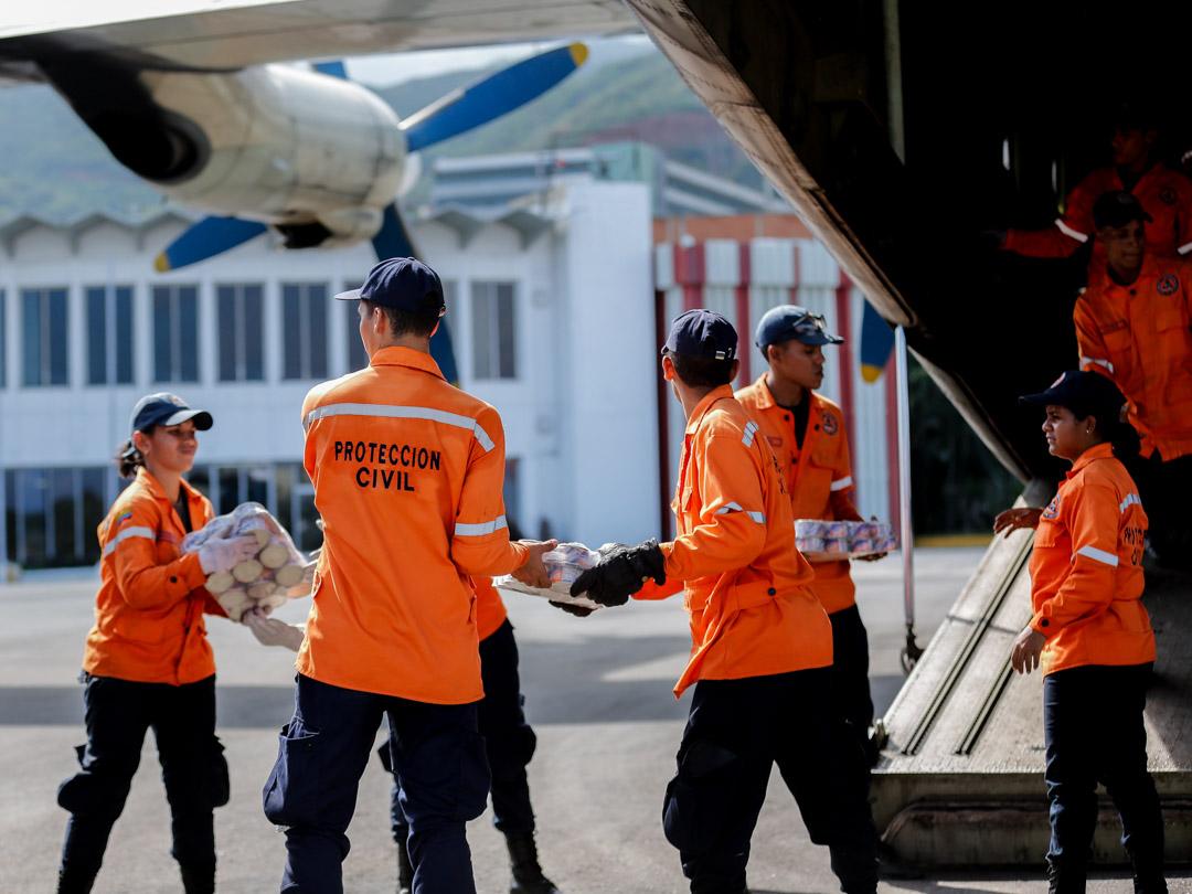 Enviadas 10 toneladas de insumos a familias afectadas por lluvias en Falcón (8) – copia