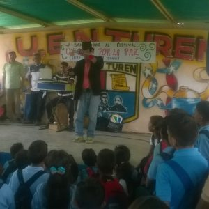 "Festival cultural ""Yo Canto Por la Paz"" sensibilizó espíritu de estudiantes en Portuguesa (4)"
