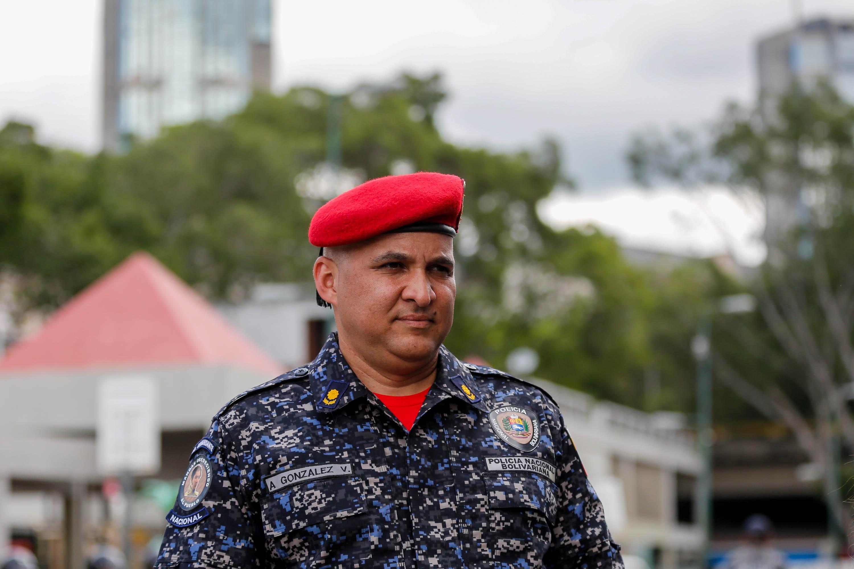 Funcionarios de la PNB desplegados en diversas parroquias de Caracas (3)