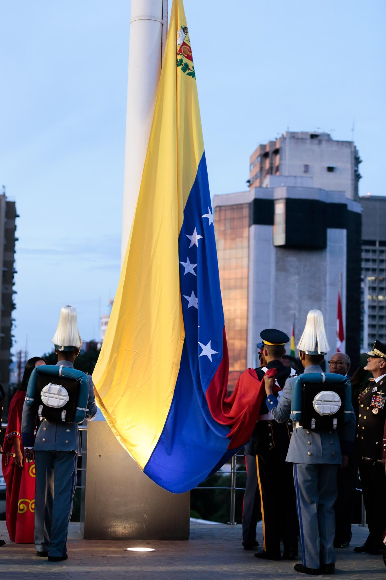 Gobierno nacional conmemora 526 años de lucha de los pueblos originarios por su dignidad y cultura (10)