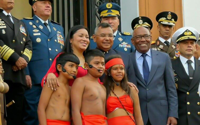Gobierno nacional conmemora 526 años de lucha de los pueblos originarios por su dignidad y cultura (8)