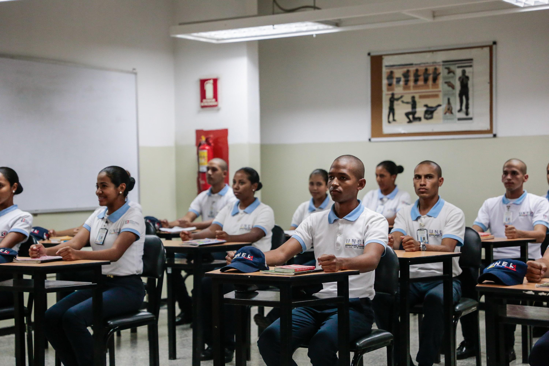Inaugurado simulador de tiro en la Universidad Nacional Experimental de la Seguridad (5)