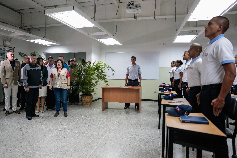 Inaugurado simulador de tiro en la Universidad Nacional Experimental de la Seguridad (8)