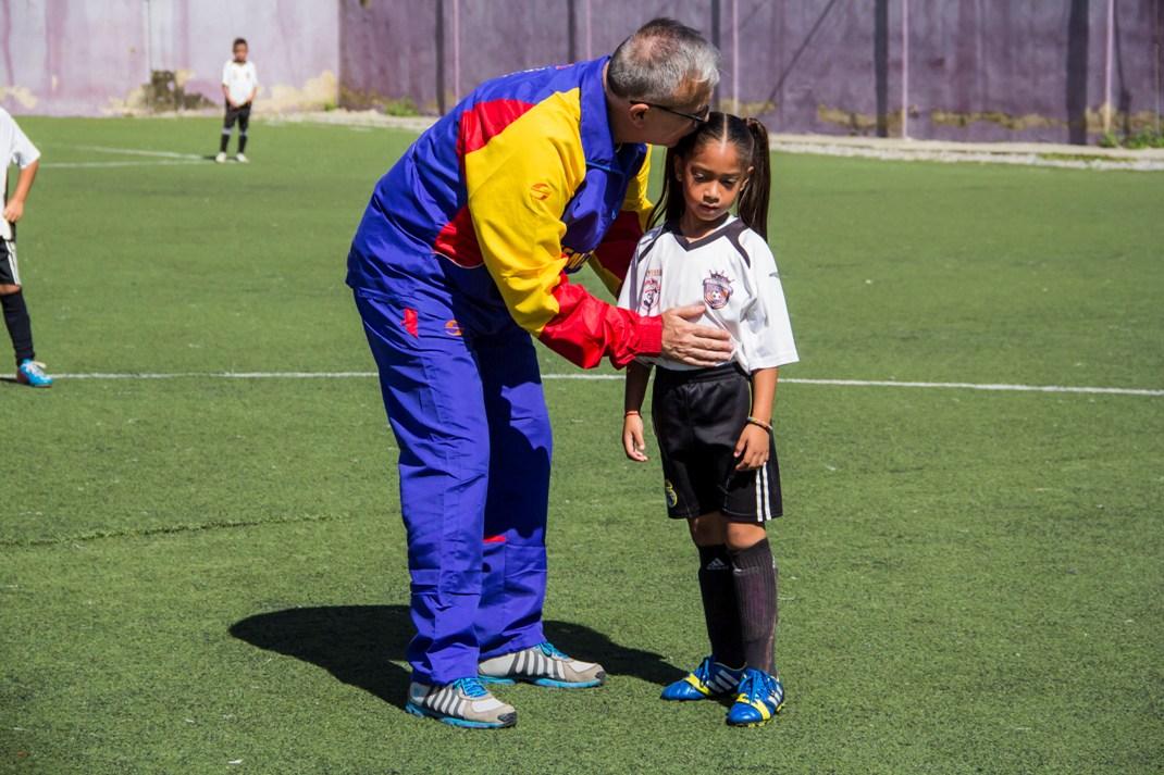 ONA abordó más de 200 niños con un cuadrangular de fútbol en el 23 de Enero (7)