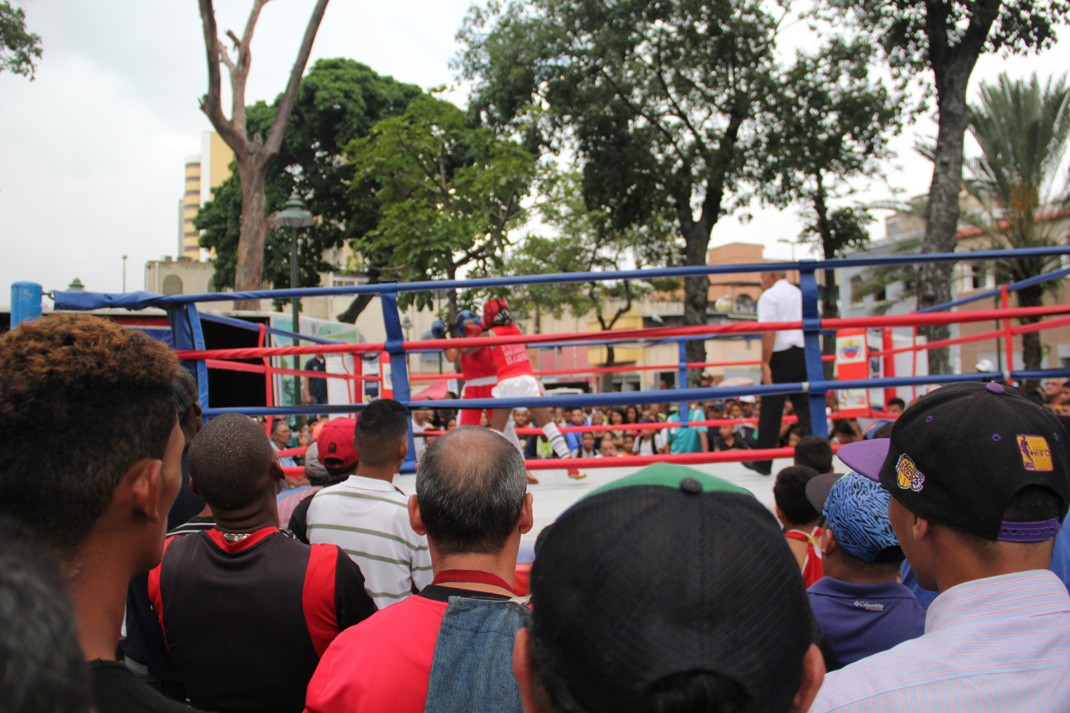 ONA se encuadra con el boxeo por la paz en 12 estados del país (16)