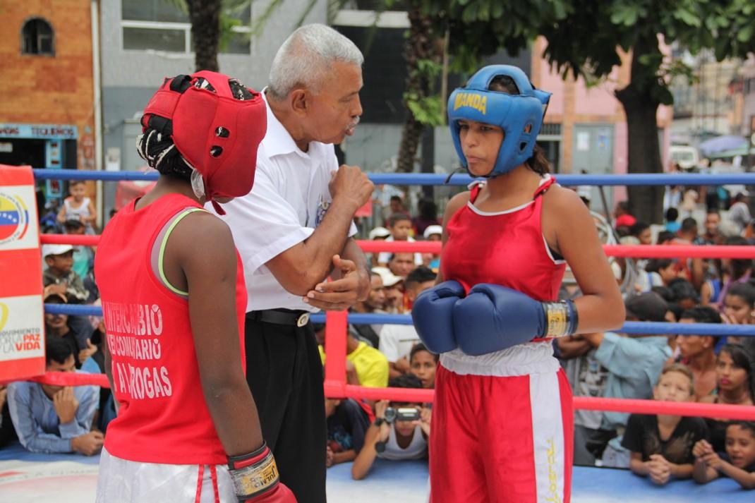 ONA se encuadra con el boxeo por la paz en 12 estados del país (20)