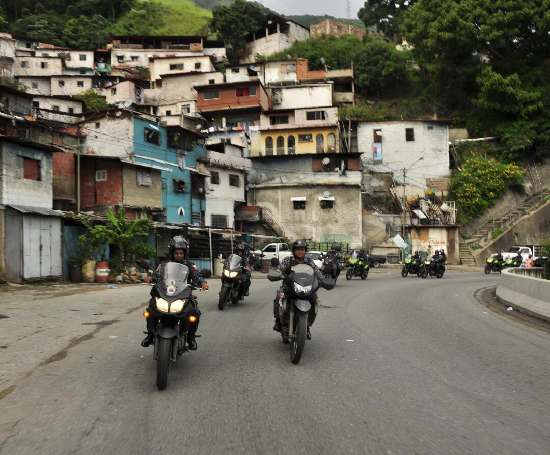 PNB refuerza Cuadrantes de Paz en la parroquia Sucre de Caracas (14)