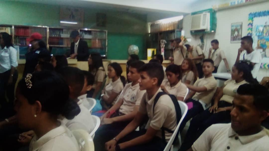 Senades benefició con cine foro a 286 estudiantes en Monagas (1)
