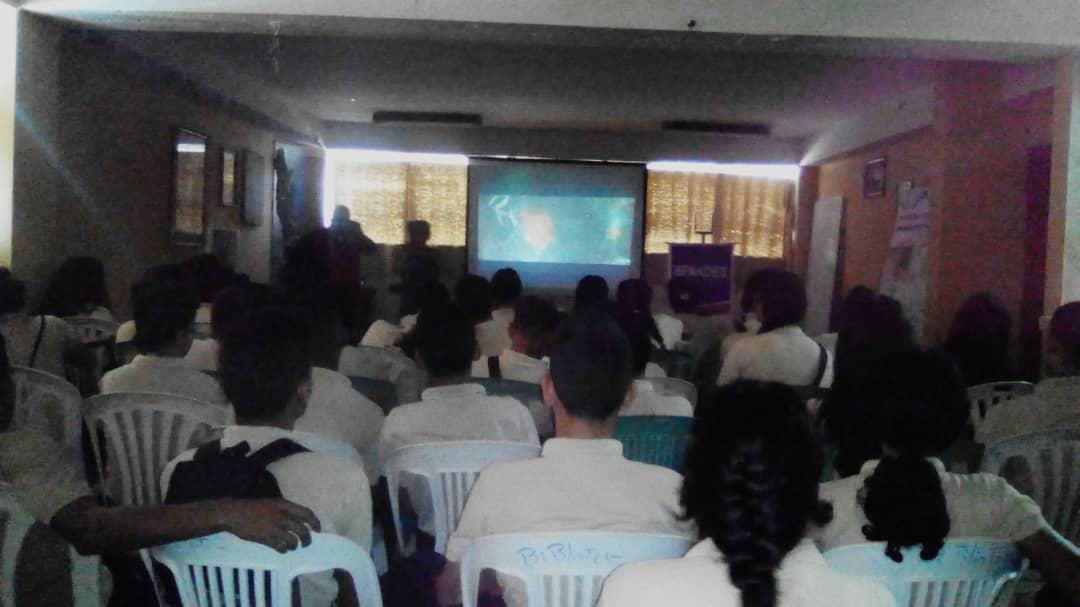 Senades benefició con cine foro a 286 estudiantes en Monagas (4)